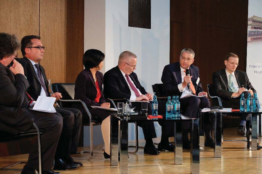 Xuechun Zhang, Chief Representative, The People s Bank of China (Frankfurt Representative Office), Andreas Preuss,
