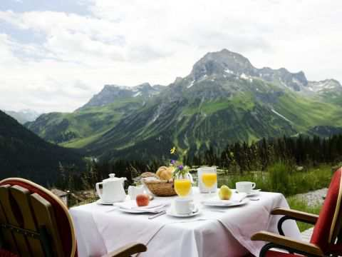 DAS 4*SUPERIOR HOTEL GOLDENER BERG LAGE & CO: