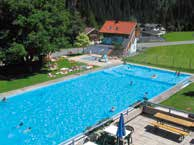 9am 6pm (depending on weather). EUR: 3,90 Salzburger Sonnenterrasse Moorbadesee Goldegg Hofmark 9 / 5622 Goldegg T 06415/81 03 hotel@hotelpost-goldegg.