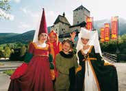 At Mauterndorf Castle, former toll station and occasional summer residence of Salzburg s archbishops, the Middle Ages come to life. Meet in person L. v.