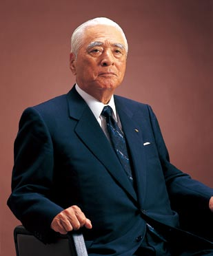 In 1980, he opened the Ryuyo Grand Piano Facility recognized today as the most advanced piano-building facility in the