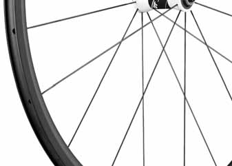 Born on Swiss alpine roads, the RC 28 SPLN features U carbon rims and high end straight pull aerolite spokes allowing for searing acceleration uphill, and solid cornering coming back down.