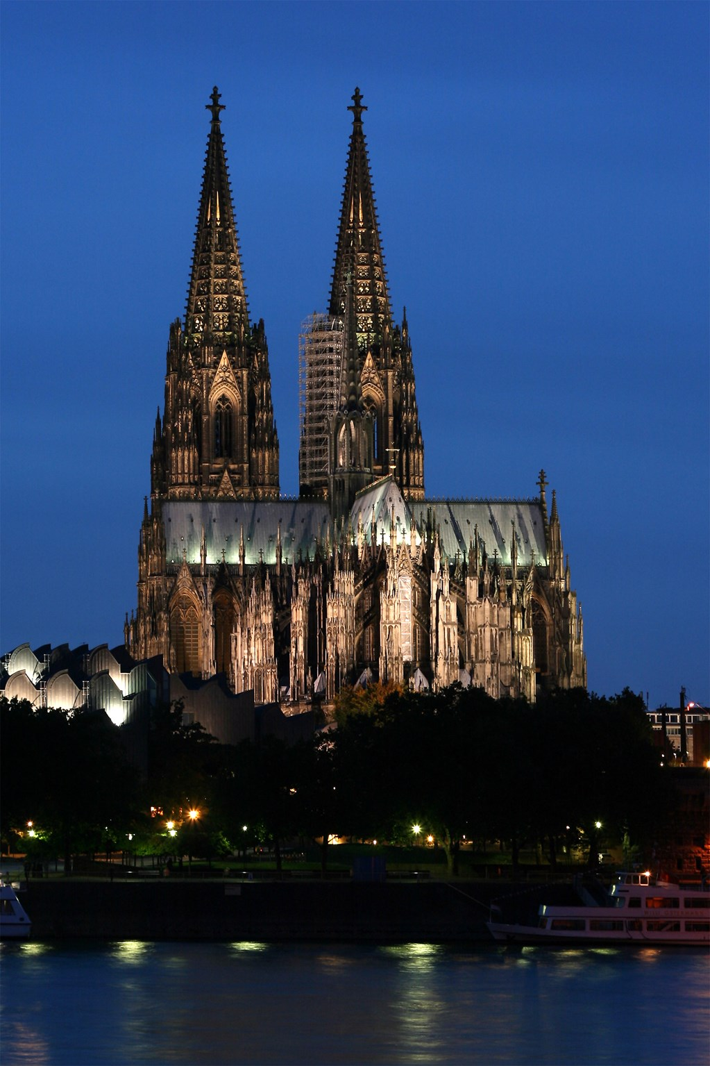 "tourism Cologne Cathedral The Cologne Cathedral ""Kölner Dom"" is one of the architectural masterpieces of mankind."