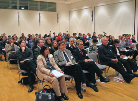 SPOTLIGHT 9 VSJF Annual Conference Risk and East Asia, November 20 22, 2009 at the German Japan Center Berlin (JDZB) The research program of the GK 1613 was the basis for a first international