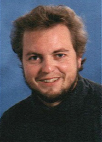 Referent: Name: Peter Schnell Studium: 1988-94 Informatik an der TU Clausthal Job: seit 1994 bei der Gothaer / IDG in