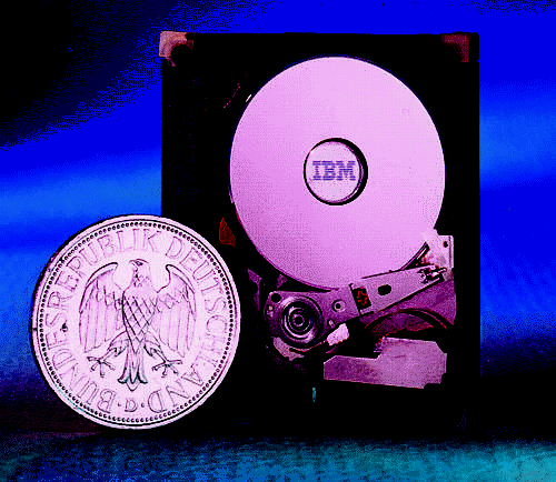 "PC-Technologie Festplatten 173 Disks: ""iron oxide valley"" ""I think Silicon Valley was misnamed."