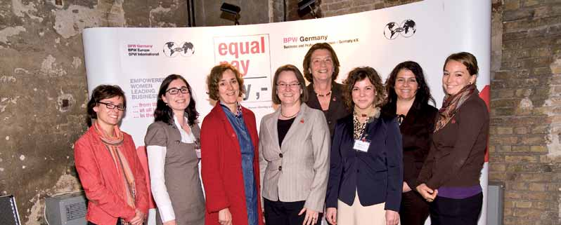 Team Equal Pay Day in Berlin vlnr: Dr. A.