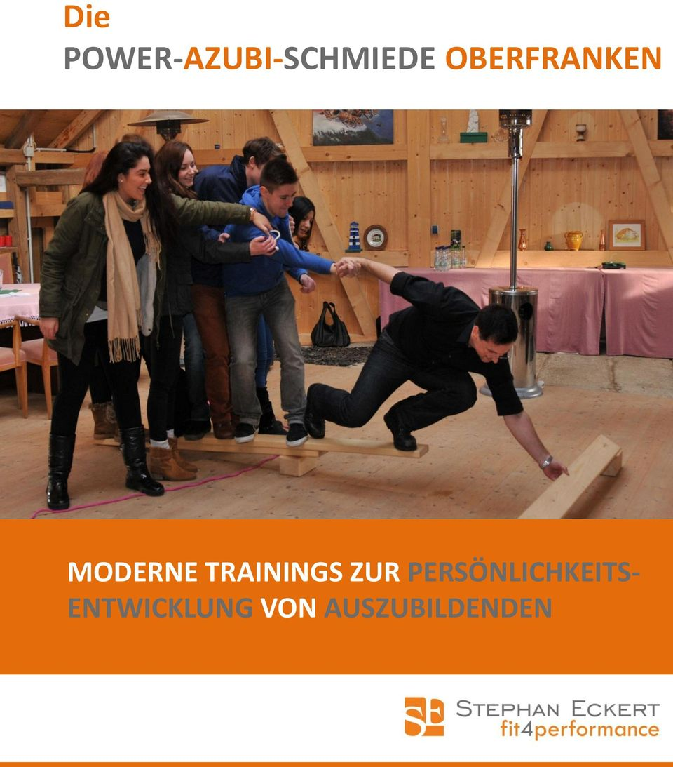 TRAININGS ZUR