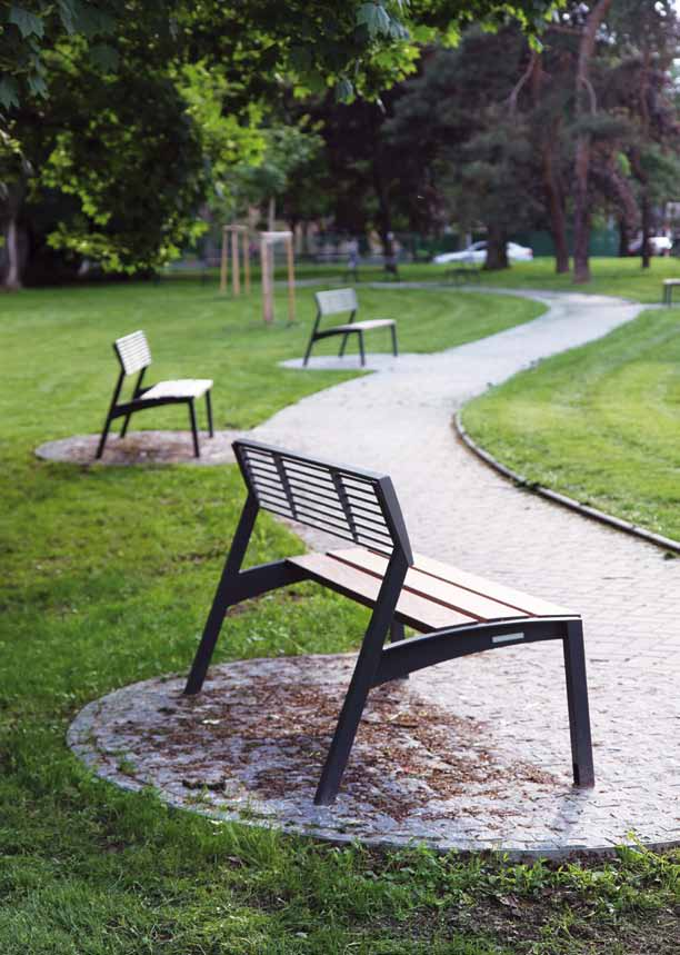 vera A smart bench presented in a wide range of options shows that advanced modern design does not always mean high price.