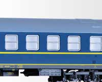 "1:100) Passenger coach set of the DR ""Tourex"" with two"