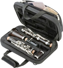 It goes without saying that the clarinets also come with a rich