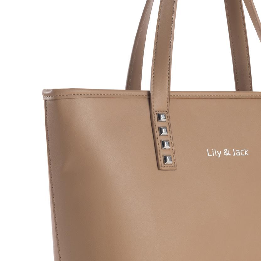 Maße: 39x27x16 cm Modern ladies bag in leather look with integrated interior light function.