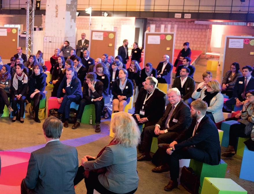 Congresses, Meetings, Events in Berlin - Finding good speakers can be so easy Foto: Uwe Steinert visitberlin has the network you need to find the right speaker, helping to ensure your event s success.