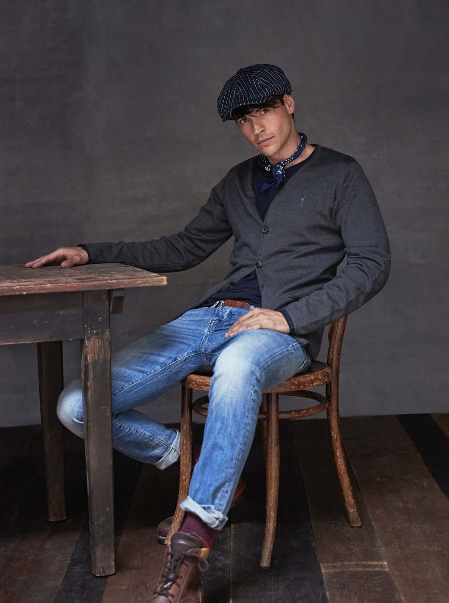 4 Cardigan CHRIS PM400-365. Longsleeve RON J1402-459.